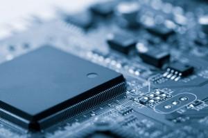 Gömülü sistemler pek çok yazılım diliyle ile geliştirilebilir...